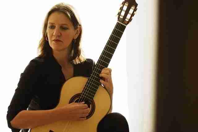 esther steenbergen guitar